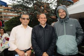 José Bonilla, John Beltrán y el Padre Carlo Zardín